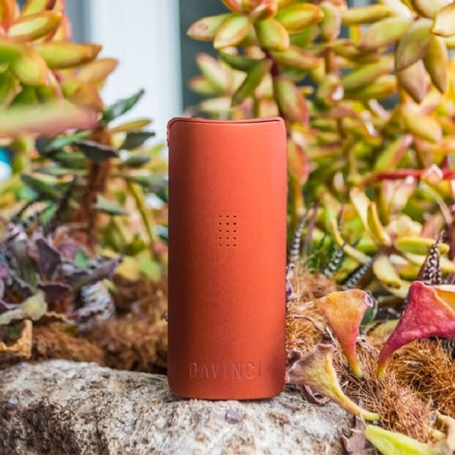 DaVinci MIQRO is a small and powerful vaporizer